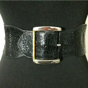 Express Black Wide Stretch Belt Size M/L